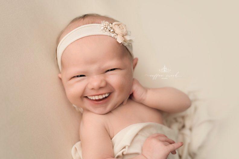 Album If babies had teeth! d'Amy Haehl : photo 16