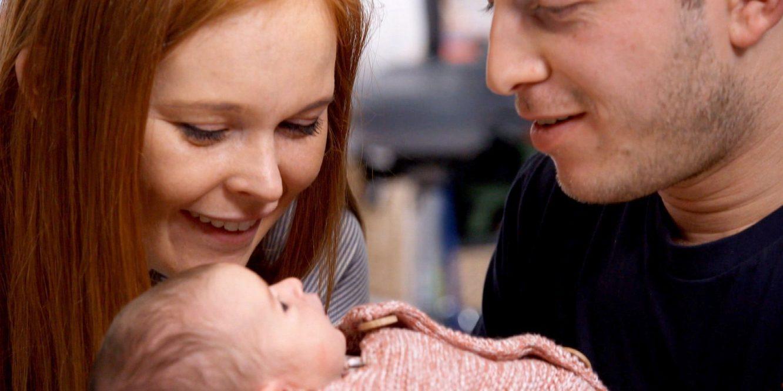 Elle donne naissance à son bébé après être devenue tétraplégique