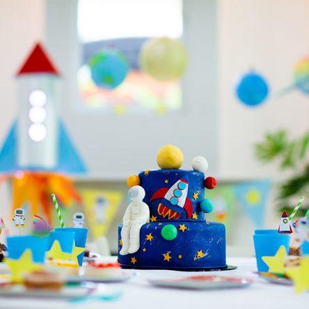 Anniversaire d'enfant : le guide pour décorer la table d'anniversaire de votre enfant
