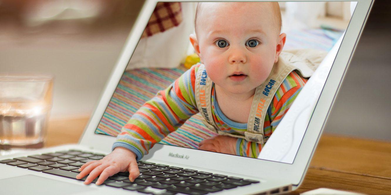 Projet de loi en Californie : amener son bébé au travail pour les fonctionnaires