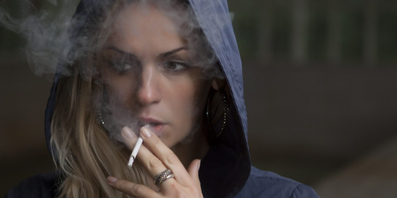 Fumer pendant la grossesse double le risque de mort subite pour le bébé
